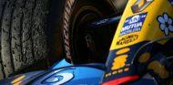 Detalle del Renault R26 en la última victoria de Michelin en la Fórmula 1, Japón