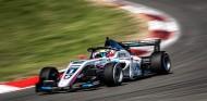 Piastri consigue en Nürburgring su tercera Pole de la temporada - SoyMotor.com