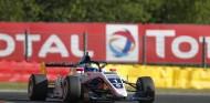 Piastri reclama en Spa su tercera victoria; podio de Fernández - SoyMotor.com