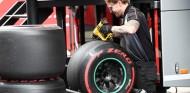 ¿A qué equipos beneficia más mantener los neumáticos de 2019? - SoyMotor.com