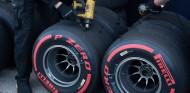 """Pirelli busca """"más consistencia"""" en los neumáticos de 2020 - SoyMotor.com"""