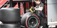 La F1 debe huir de los neumáticos de alta degradación, según Pirelli - SoyMotor.com
