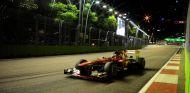 Fernando Alonso en el Gran Premio de Singapur 2013 - LaF1