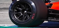 Ferrari prueba los neumáticos de 18 pulgadas - SoyMotor.com