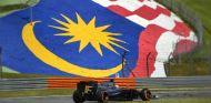 Fernando Alonso con neumático duro en Malasia - LaF1