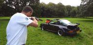 porsche 911 targa tiro al plato -SoyMotor