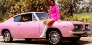 El Plymouth Barracuda de 1967 fue protagonista de uno de los premios  'Playmate of the Year' - SoyMotor