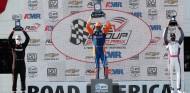 Podio de la carrera de Road America - SoyMotor.com