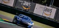 Máxima igualdad en Imola: 17 coches en medio segundo y Pole para Audi - SoyMotor.com
