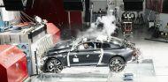 Test de choque frontal del Polestar 1 a una velocidad de 56 kilómetros/hora - SoyMotor.com
