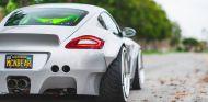 Un Porsche Cayman tan tuneado que...¡ni lo reconocerás! - SoyMotor.com
