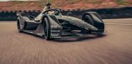 El Fórmula E de Porsche completa sus primeros kilómetros - SoyMotor.com