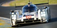 Mark Webber pilota el Porsche nº20, visto aquí en las pasadas 24 horas de Le Mans - LaF1