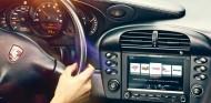 Tener sistema multimedia en los Porsche clásicos es ahora posible - SoyMotor.com
