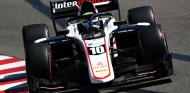 Pourchaire se lleva la victoria en el caos de Monza; Lundgaard, de 19º a podio
