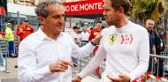 Alain Prost y Sebastian Vettel en una imagen de archivo - SoyMotor.com
