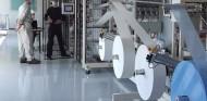 El Grupo PSA va a fabricar 70 millones de mascarillas quirúrgicas - SoyMotor.com