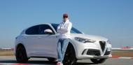 Räikkonen se ha divertido junto a Giovinazzi tanto con el Giulia como con el Stelvio - SoyMotor.com