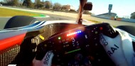 Vídeo: una vuelta al Circuit desde la visera de Räikkönen - SoyMotor.com