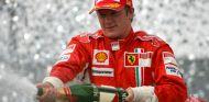 Räikkönen, tras proclamarse Campeón del Mundo en 2007 - SoyMotor.com