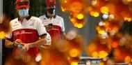 OFICIAL: Alfa Romeo renueva a Räikkönen y Giovinazzi para 2021 - SoyMotor.com