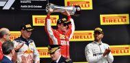 Verstappen, Räikkönen y Hamilton en el podio del GP de Estados Unidos 2018 - SoyMotor.com