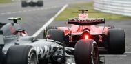 Kimi Räikkönen y Kevin Magnussen en Suzuka - SoyMotor.com