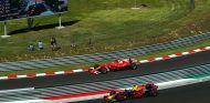 Kimi Räikkönen y Daniel Ricciardo en Hungaroring - SoyMotor.com