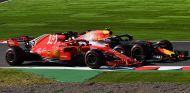 Kimi Räikkönen y Max Verstappen en Suzuka - SoyMotor.com