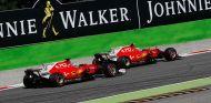 Sebastian Vettel y Kimi Räikkönen - SoyMotor.com