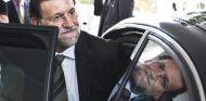 Mariano Rajoy se baja de su coche – SoyMotor.com