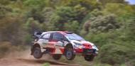 Rally Italia-Cerdeña 2021: Ogier aprovecha el 'drama' de Hyundai - SoyMotor.com