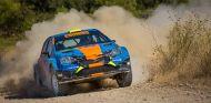 El primer R4 debuta en el Rally de Tierra de Granada - SoyMotor.com