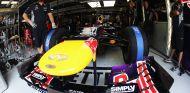 Red Bull RB9 de Sebastian Vettel en el box de Monza - LaF1