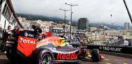 Verstappen se queda lejos de Ricciardo en los Libres - LaF1