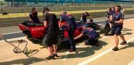Russell y Gasly completan 200 vueltas en el test de Pirelli de Silverstone - SoyMotor.com