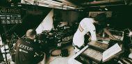 Box del equipo Lotus en Monza - LaF1