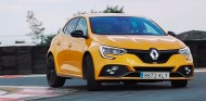 Probamos el Renault Megane R.S. Cup en circuito: a la altura de su apellido - SoyMotor.com