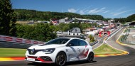 El Renault Mégane RS Trophy-R marca récord en Spa-Francorchamps - SoyMotor.com