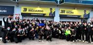 "Alonso celebra que Renault ya sube al podio: ""¡Bravo!"" - SoyMotor.com"