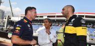 Christian Horner, Alain Prost y Cyril Abiteboul - SoyMotor.com
