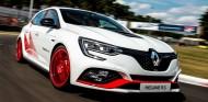 Renault Mégane R.S. Trophy-R: cura de adelgazamiento y 300 caballos - SoyMotor.com