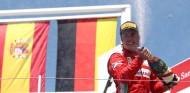 Fernando Alonso celebra en Valencia - SoyMotor.com