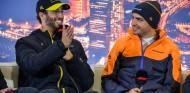 Daniel Ricciardo y Carlos Sainz - SoyMotor.com