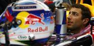Daniel Ricciardo en el RB11 durante los test de Austria - LaF1