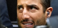 """Horner bromea sobre el abandono de Renault: """"Molestan dentro y fuera de pista"""" - SoyMotor.com"""