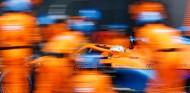 Daniel Ricciardo en el nuevo MCL35M - SoyMotor.com