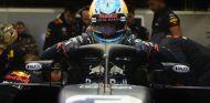 Ricciardo durante el filming day con el RB14 en Silverstone - SoyMotor.com