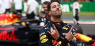 Daniel Ricciardo celebra su Pole en el GP de México - SoyMotor