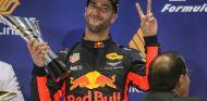 Ricciardo en el podio de Singapur - SoyMotor.com